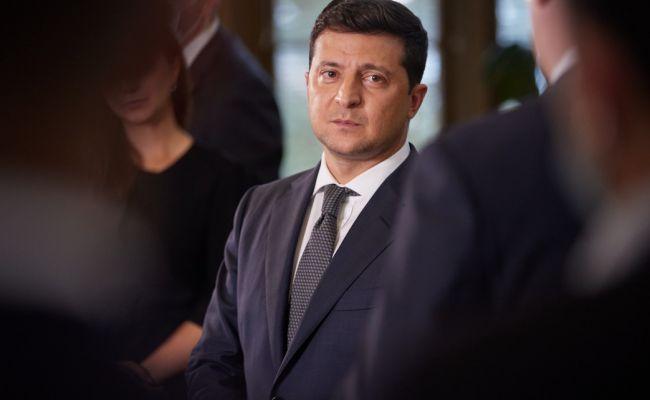 Зеленский: Украина небудет оказывать военную помощь Азербайджану