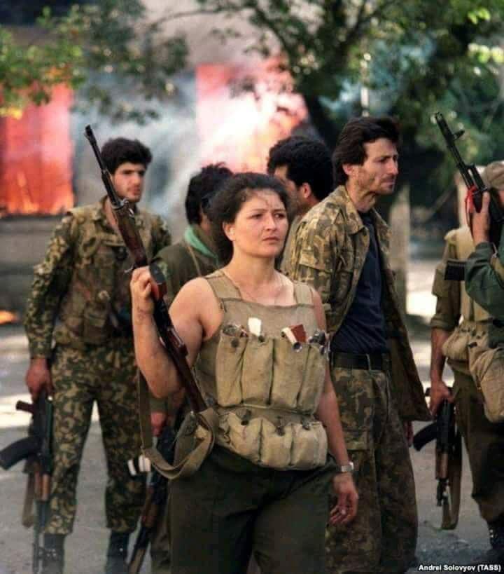 этой игре фото встречи грузинских войск жителями абхазии вся информация клонах