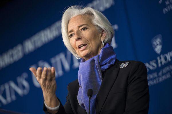 Глава МВФ не видит необходимости в реструктуризации долгов Греции