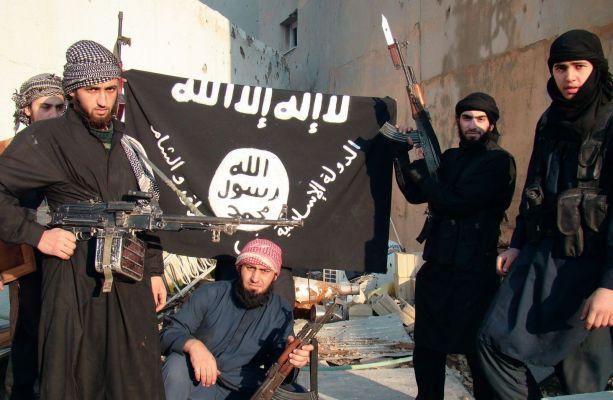 900 граждан Азербайджана примкнули к террористическим организациям за рубежом, большинство из них убиты