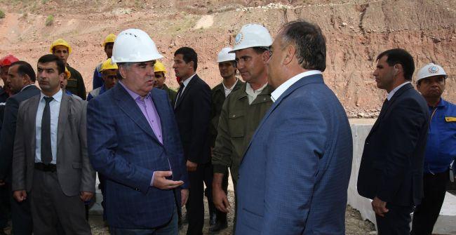 Рогунская ГЭС для Таджикистана: денег нет, но строить надо