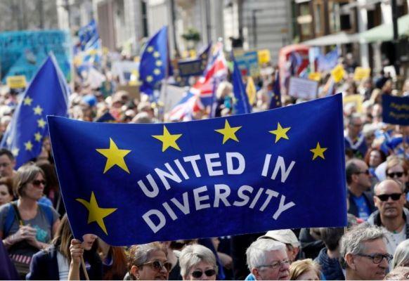 5f6d7ac378b4e37ac872cb53b6ae5 Автономия по-европейски: усилить влияние надругих, уменьшив влияние насебя