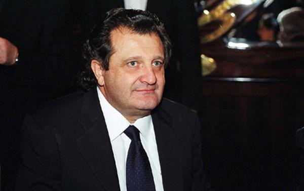В Москве задержали подозреваемых в убийстве экс-главы клуба «УГМК». Свидетелями по делу проходят Малахов и Земфира