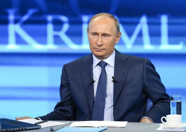 Самый долгий звонок на «прямую линию» с Путиным длился 4,5 часа